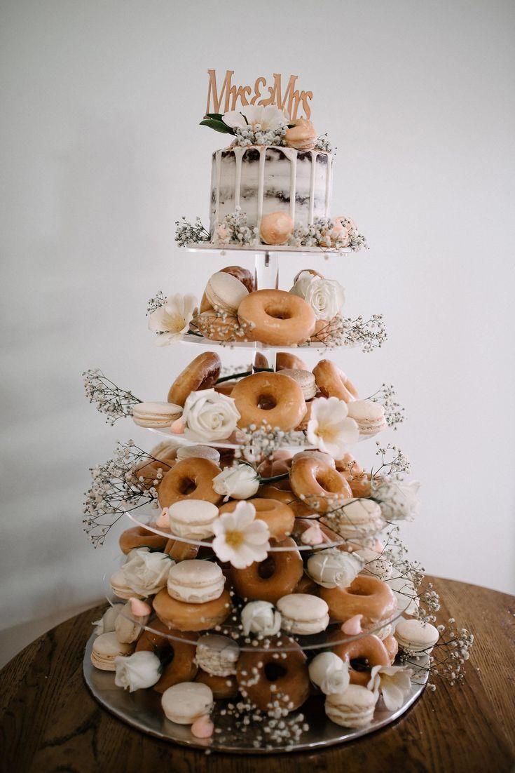 DIY Donut Tower Hochzeitstorte #Hochzeiten #Kuchen #Hochzeitstorten #Hochzeitsideen #Wir…
