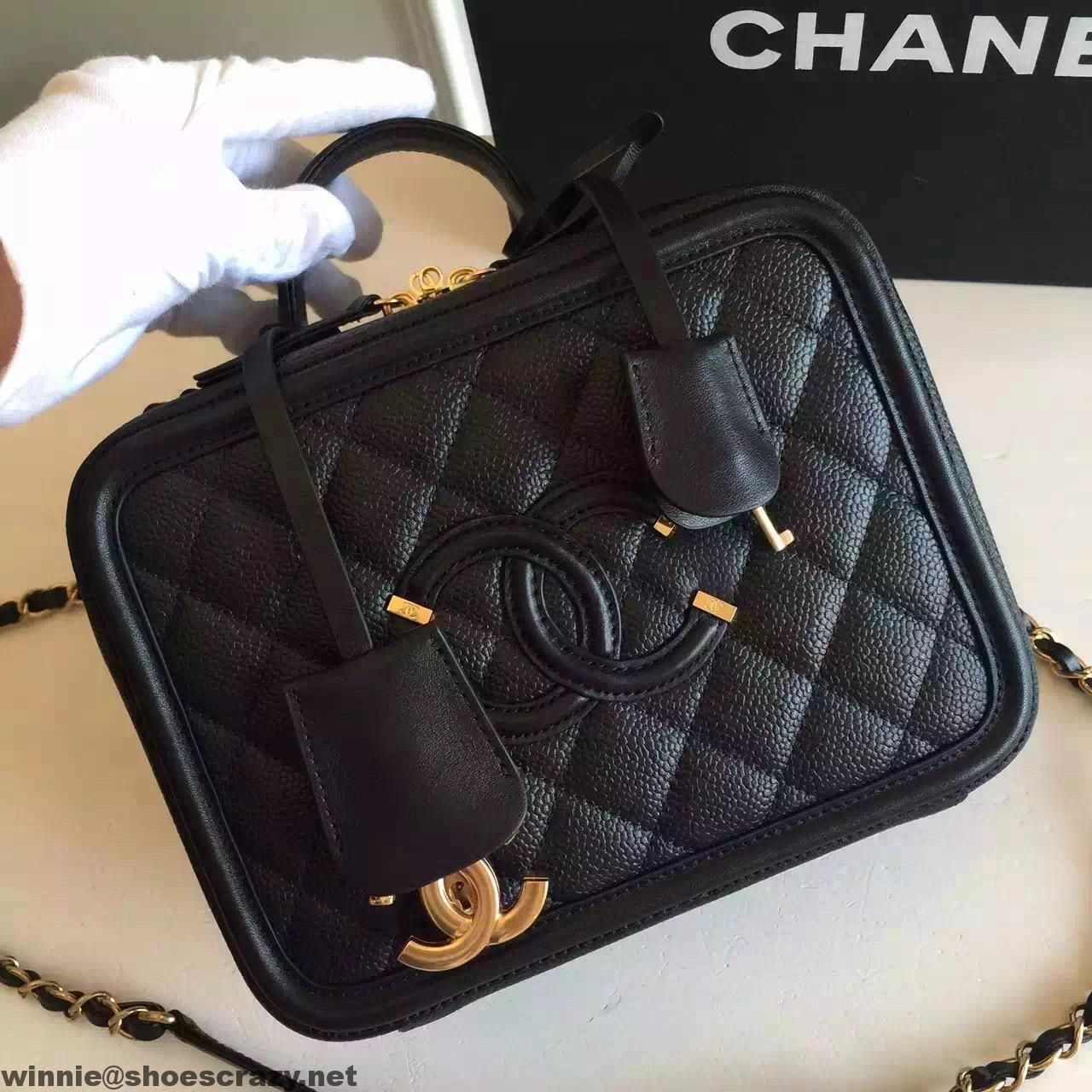 31eee53d92fc Chanel CC Filigree Small Vanity Case Small Bag | Chanel in 2019 ...