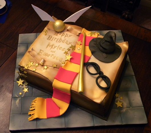 Harry Potter Cake Its Not A Cupcake But I Love It