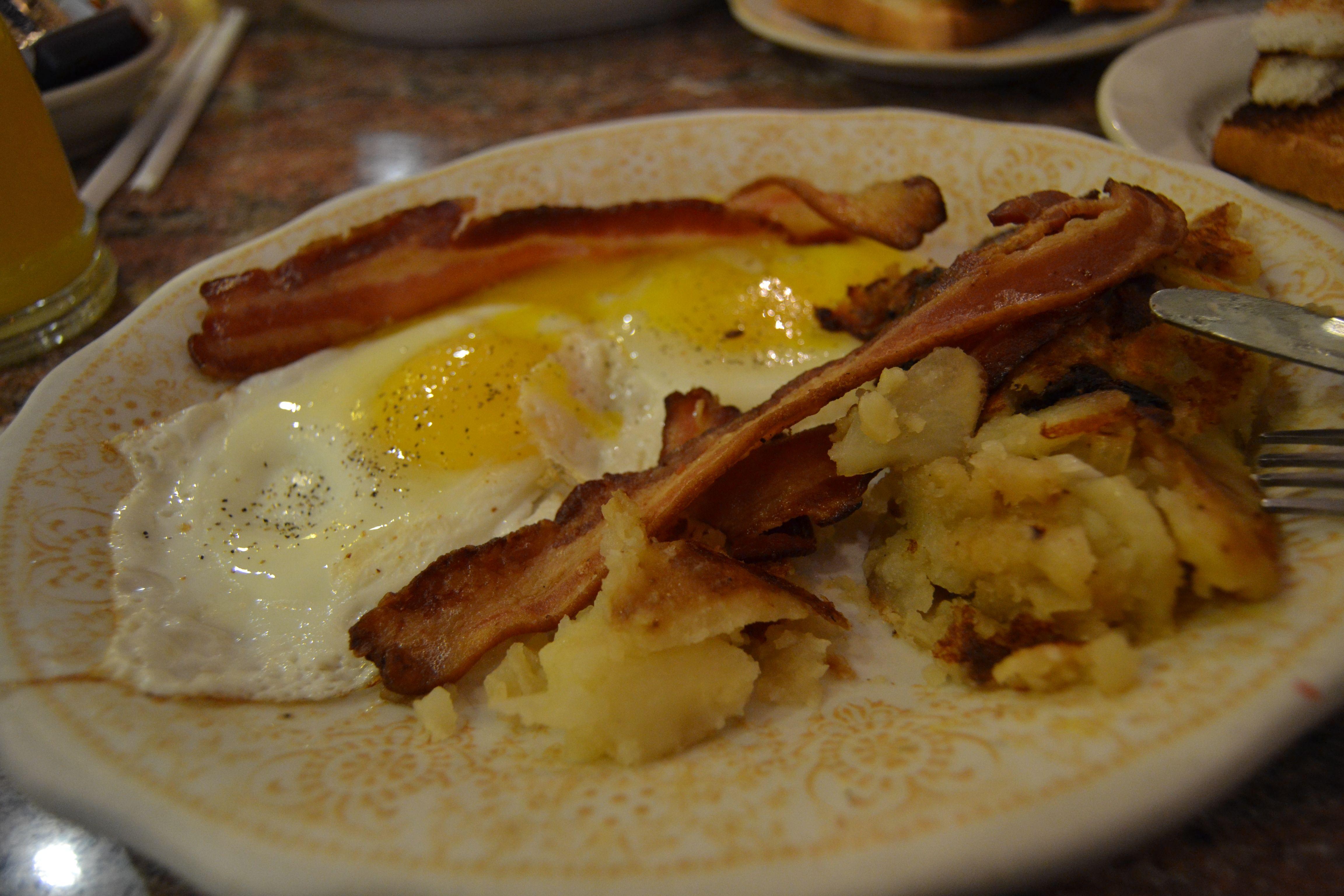 American Breakfast w/bacon