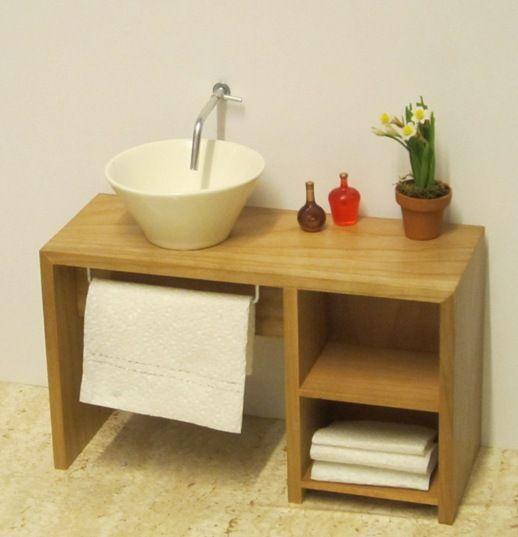 Minimalist Bathroom Tutorial