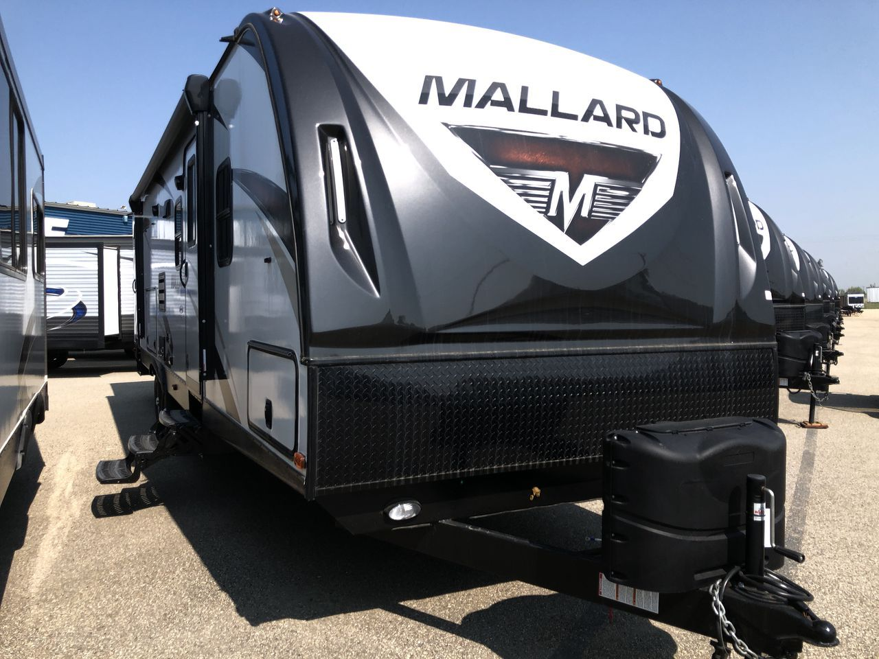 Pin By Allan Dale Rvs Trailers On Travel Trailers Travel