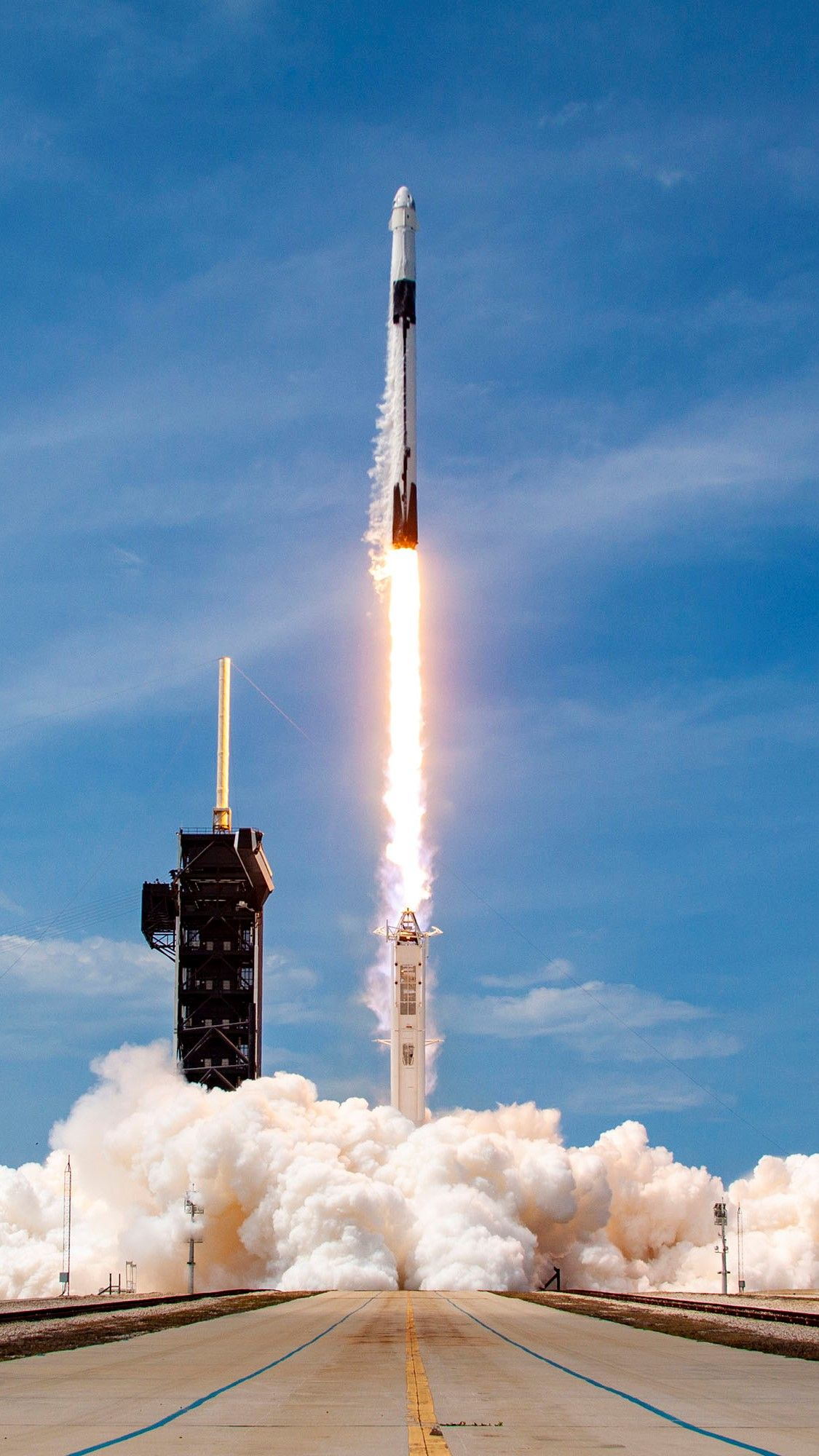 Falcon 9 Rocket On The Demo 2 Mission Spacex Wallpaper Phone Spacex Rocket Punisher 1