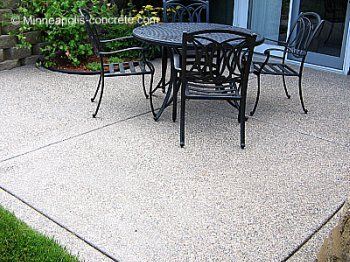 Colored Aggregate Patios | Exposed Aggregate Patio With Decorative Border  Wet Cuts