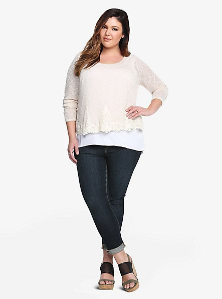 Open-Back Lace Trim Top | Torrid