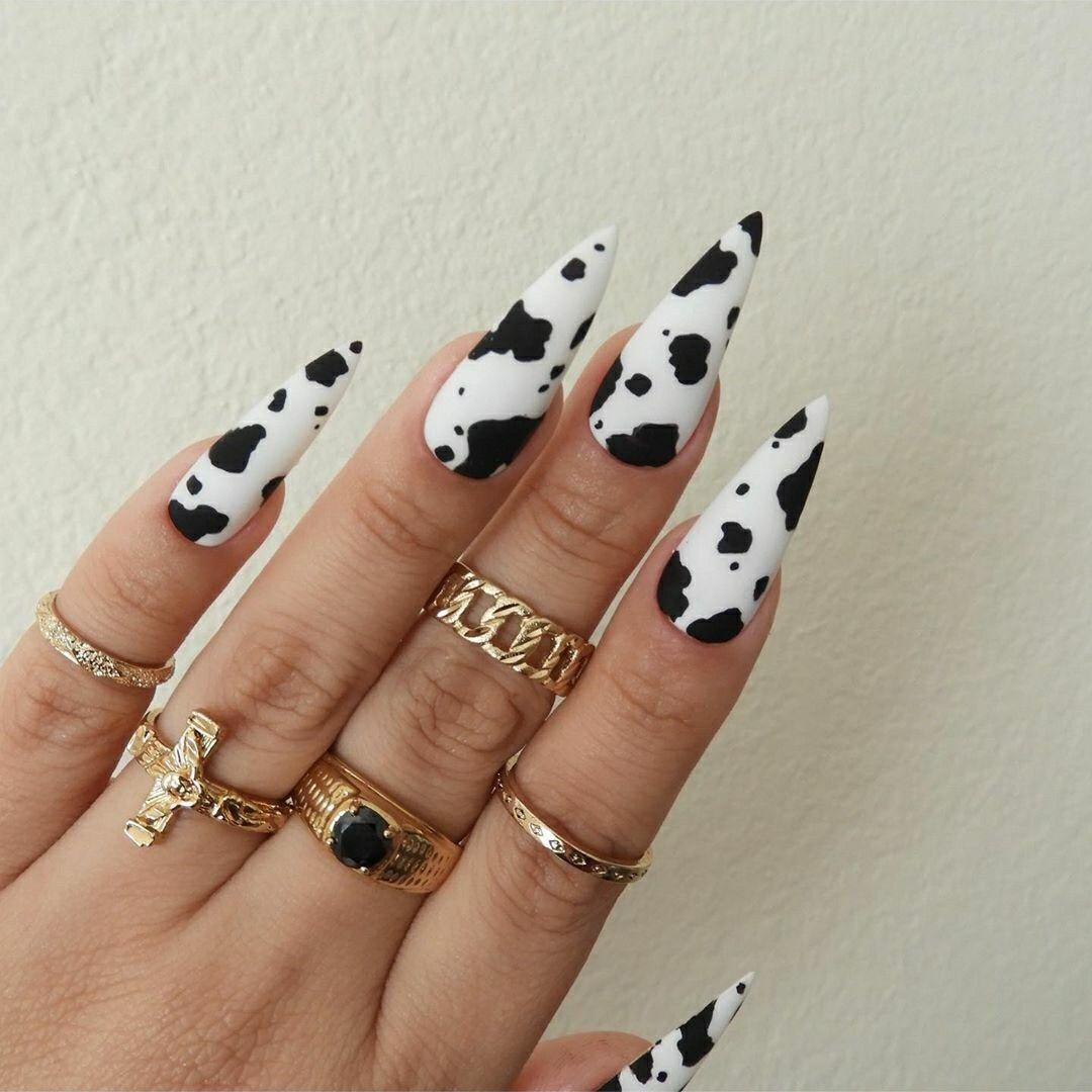 Imagen Descubierto Por Linda Descubre Y Guarda Tus Propias Imagenes Y Videos En We Heart It In 2020 Cow Nails Pretty Acrylic Nails Dream Nails