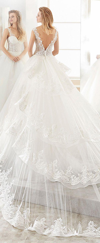 New fascinating tulle vneck neckline aline wedding dress with