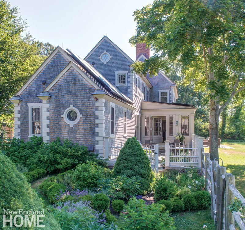 House Tour: Charming Cape Cod On The Water