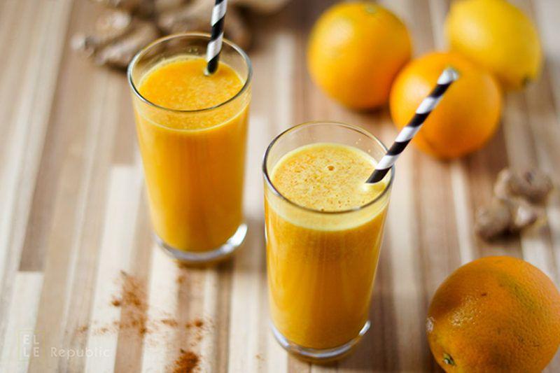 Power Detox Drink mit Zitrone, Orange, Kurkuma, Ingwer, Cayenne Pfeffer