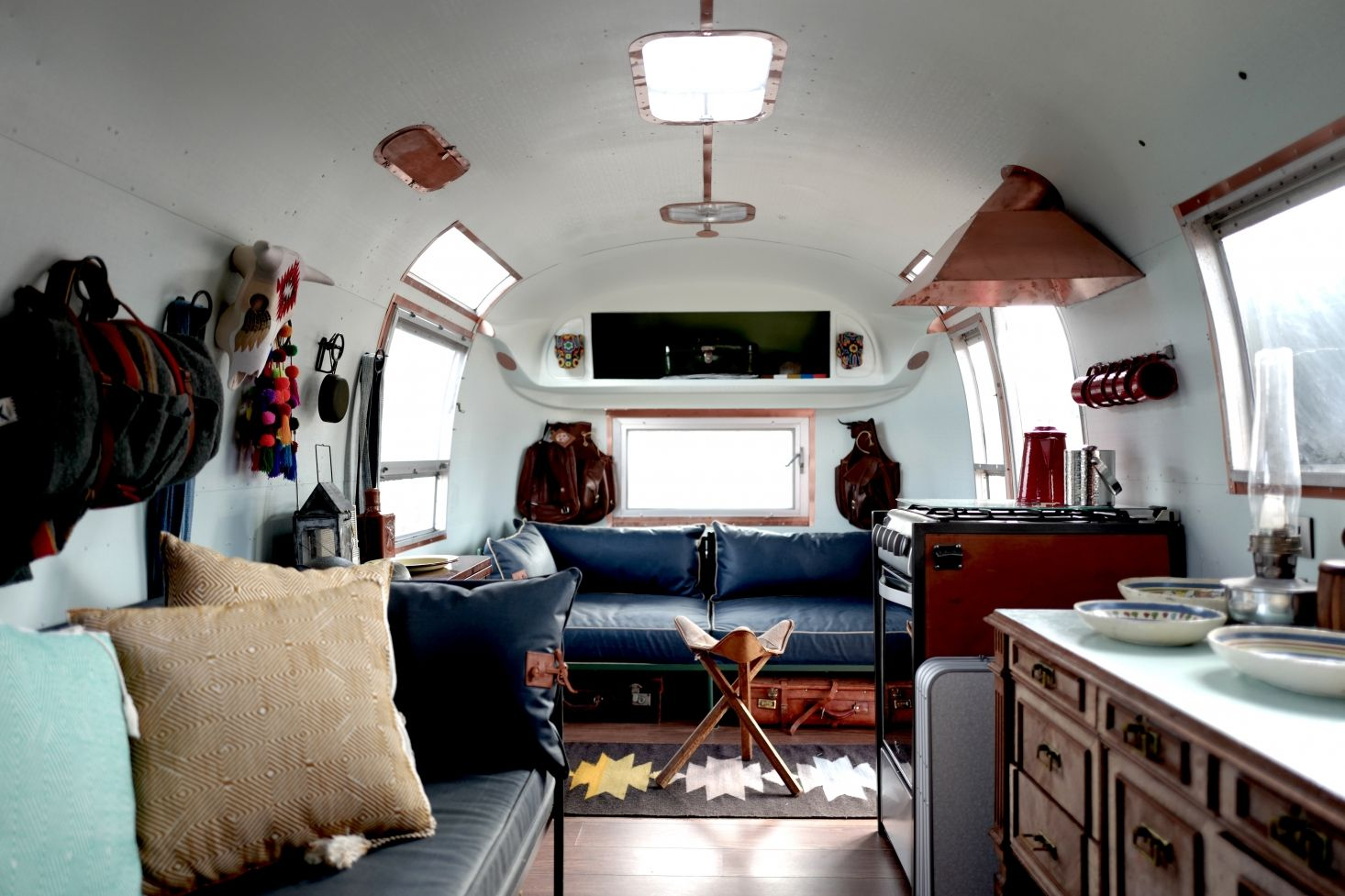 Vintage Airstream Makeover by Casamidy Airstream