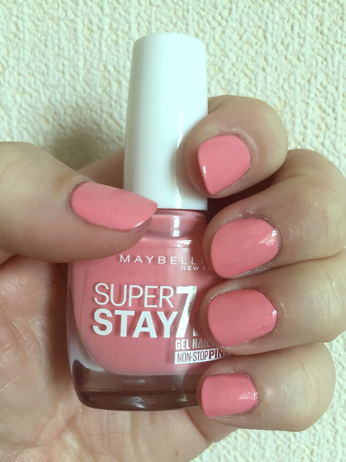Mammaful Zo Beauty Fashion Lifestyle Notd Maybelline Superstay 7 Days Gel Polish In Rose Rapture Gel Nails Diy Nail Polish Gel Nail Varnish