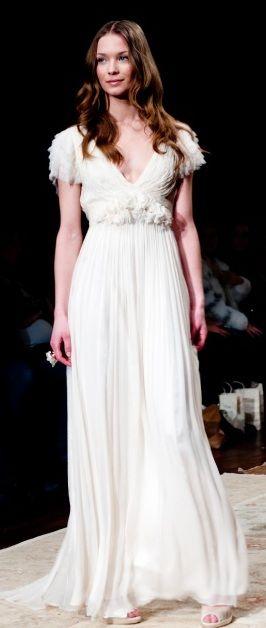 Pin de Castlefield Design en Bridal Fashions & Couture | Pinterest ...