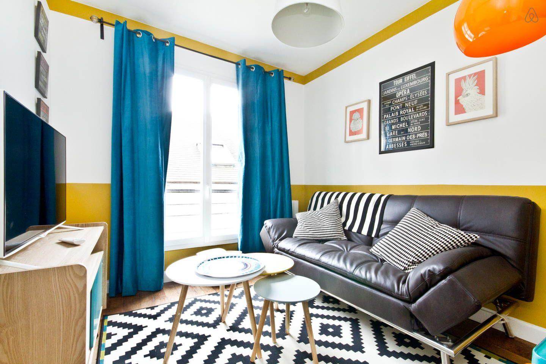 Canapé lit tr¨s confortable pour deux personnes Get $25 credit