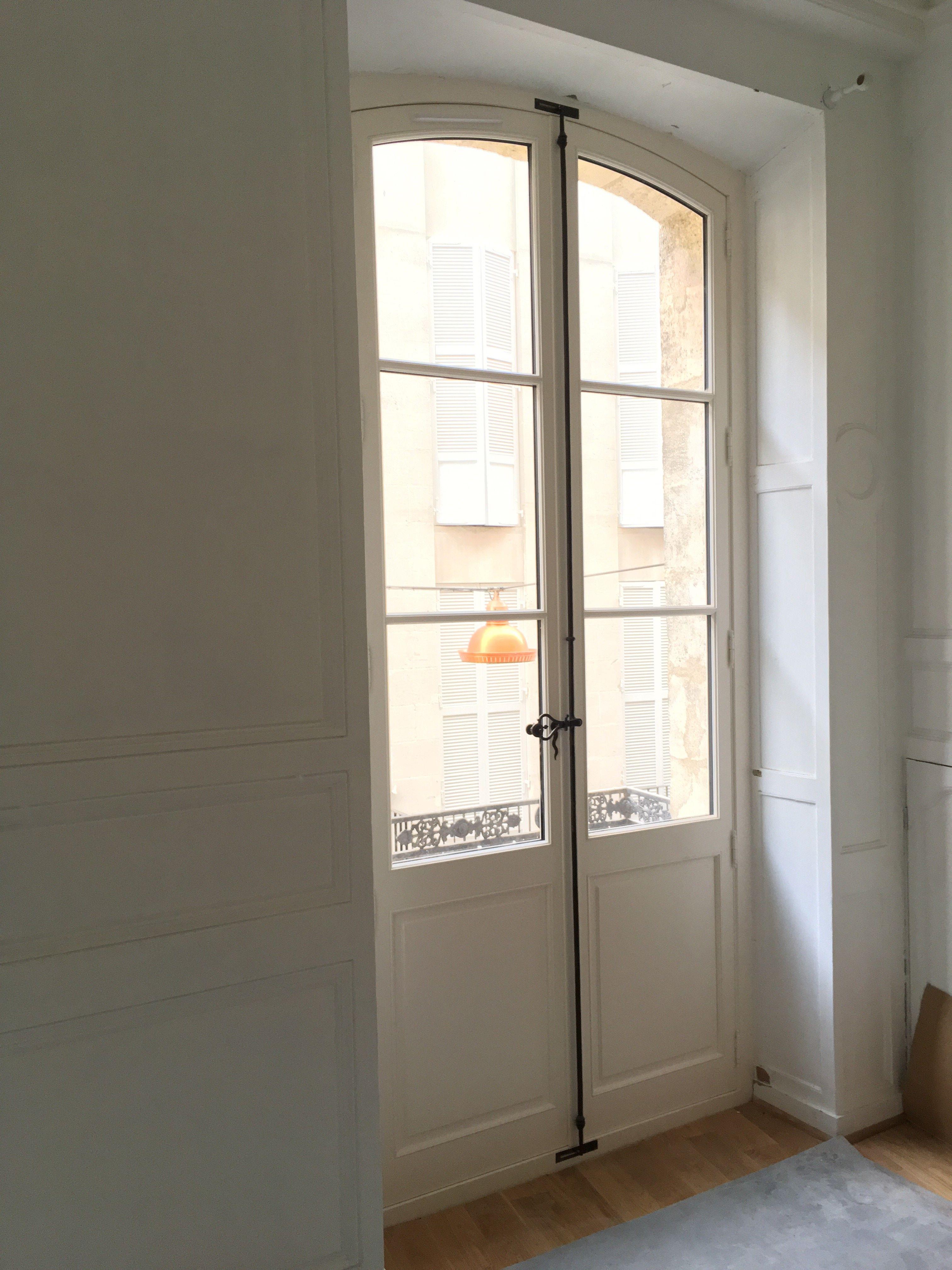 Porte Fenêtre 2 Vantaux Cintrée Gueule De Loup Petits Bois Collés