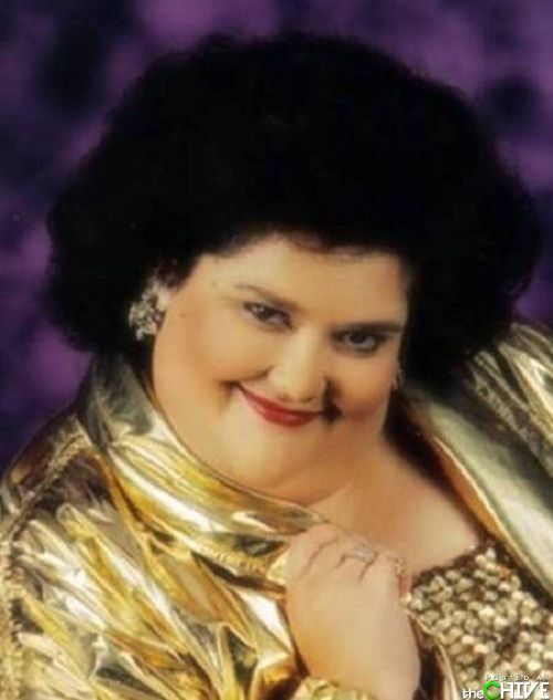 """Bad Glamour Shots"" Gallery. Worth the look! I'm still deciding on whether this made my day or ruined it...."