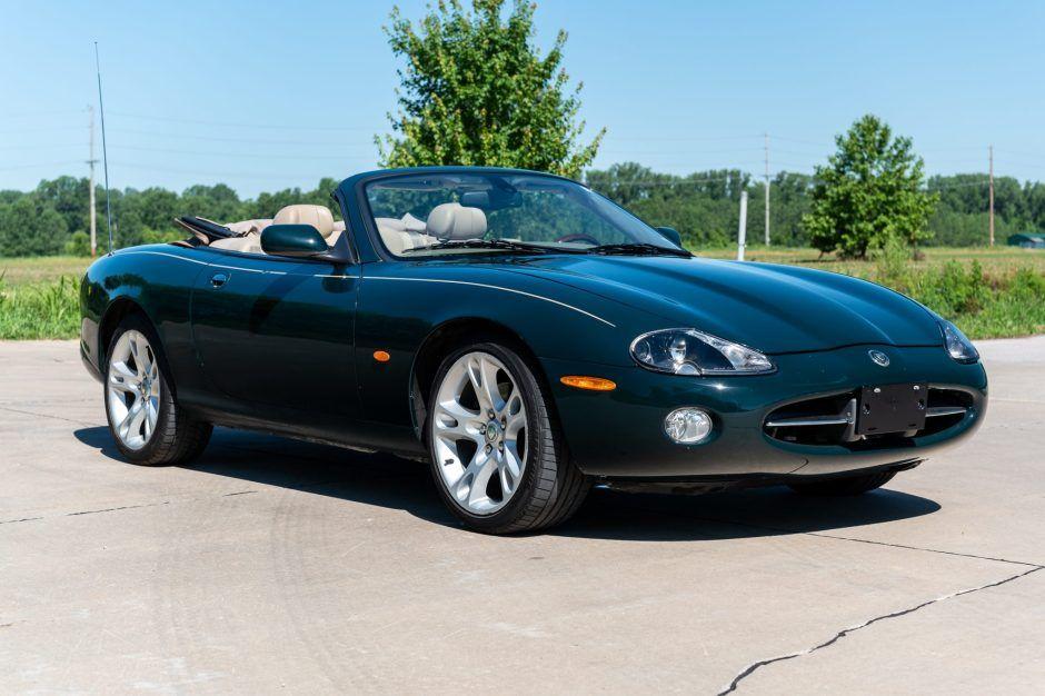 No Reserve 2004 Jaguar Xk8 Convertible In 2020 Jaguar Xk8 Convertible Jaguar Xk8 Jaguar