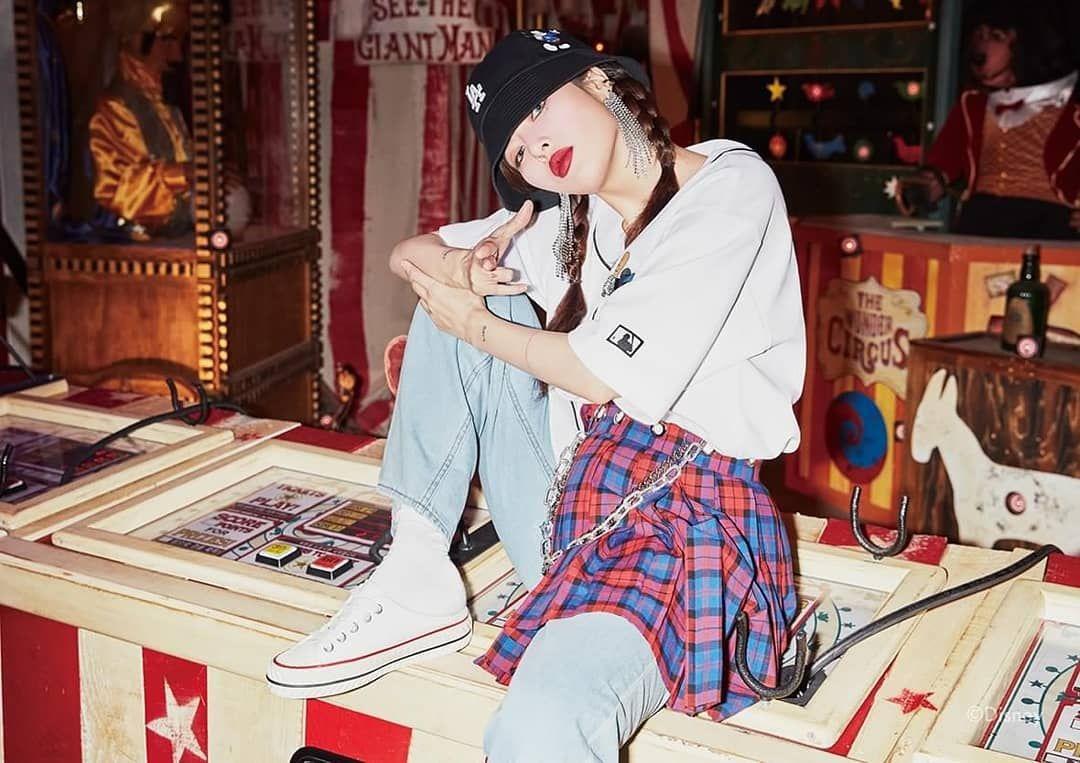 Hyuna X Mlb Korea Disney Edition In 2020 Anime Art Disney