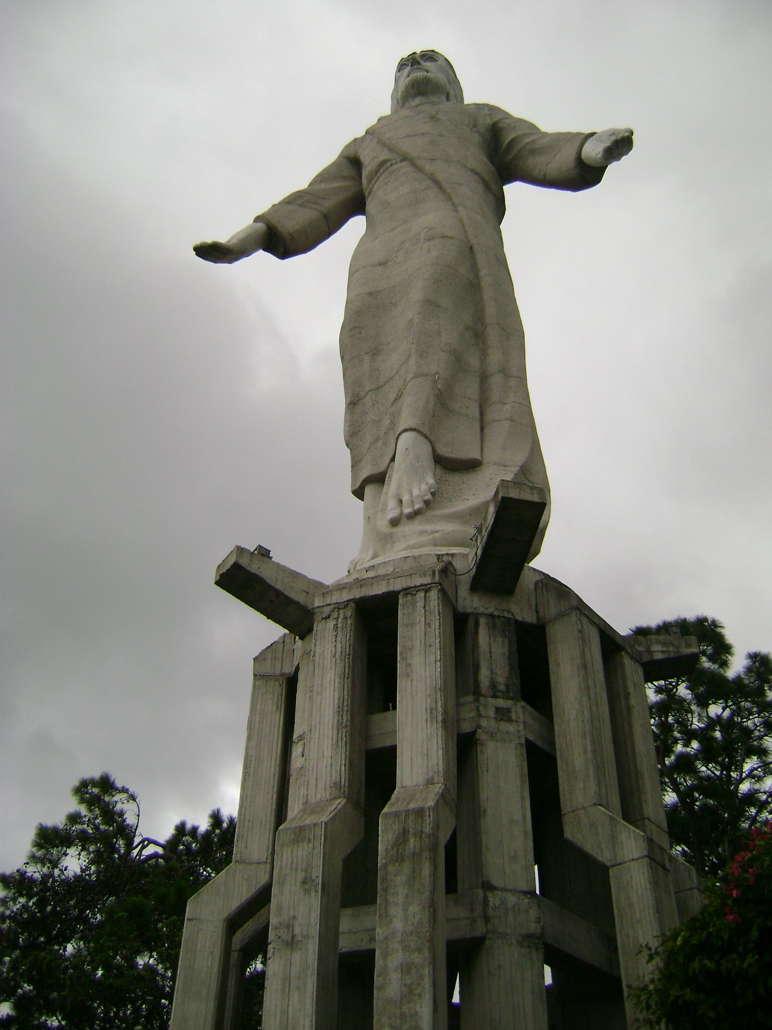 most famous statue at the top on the mountain in honduras jesus
