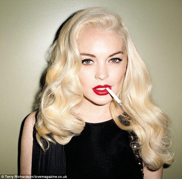lohan red lips Lindsay