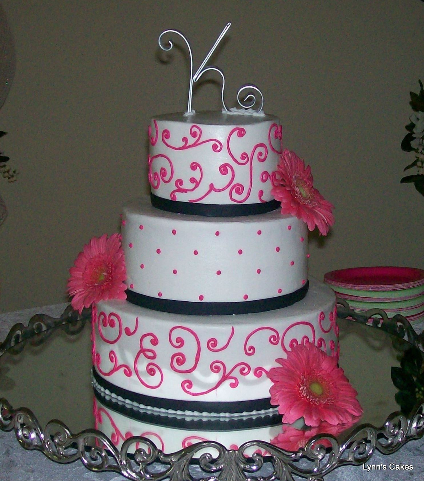 Red And Black Wedding Cakes Ideas: Hot Pink And Black Wedding