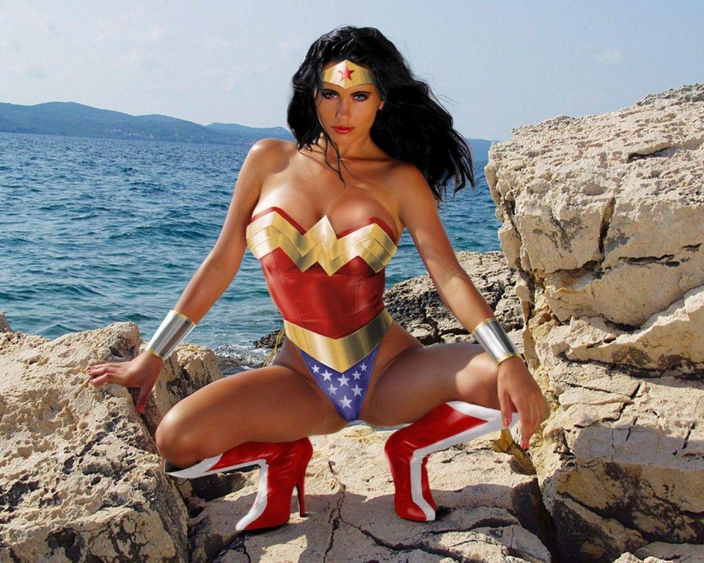 Cosplay Cavern » WonderWoman Cosplay