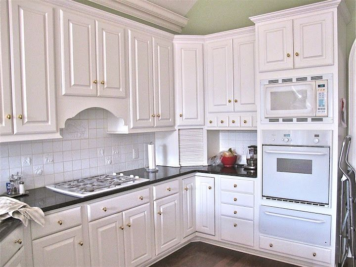 Craigslist Kitchen Cabinet Cool White Color Beautiful Design Kitchen Cabinet Remodel Kitchen Layout Kitchen Remodel