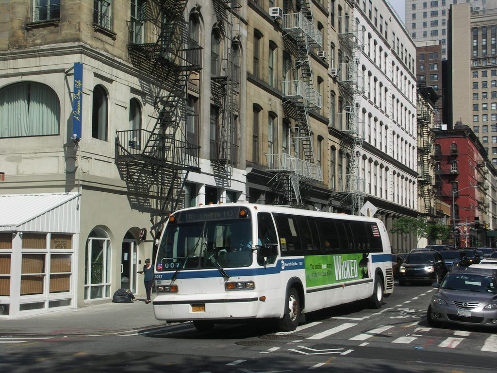 RTS Bus New York City Style