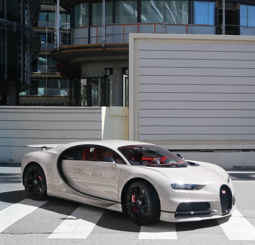 Bugatti Chiron Bugatti Cars Sports Cars Luxury Top Luxury Cars