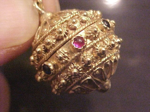 Vintage 14k Gold Etruscan Style Ball Gemstone Charm 16 3 Grams