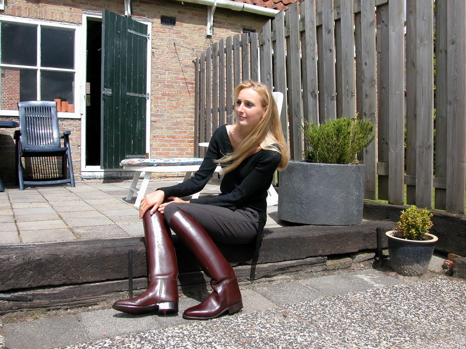 Modeling Gorgeous Blonde Boots In 2019 Maroon Riding wn0kOP