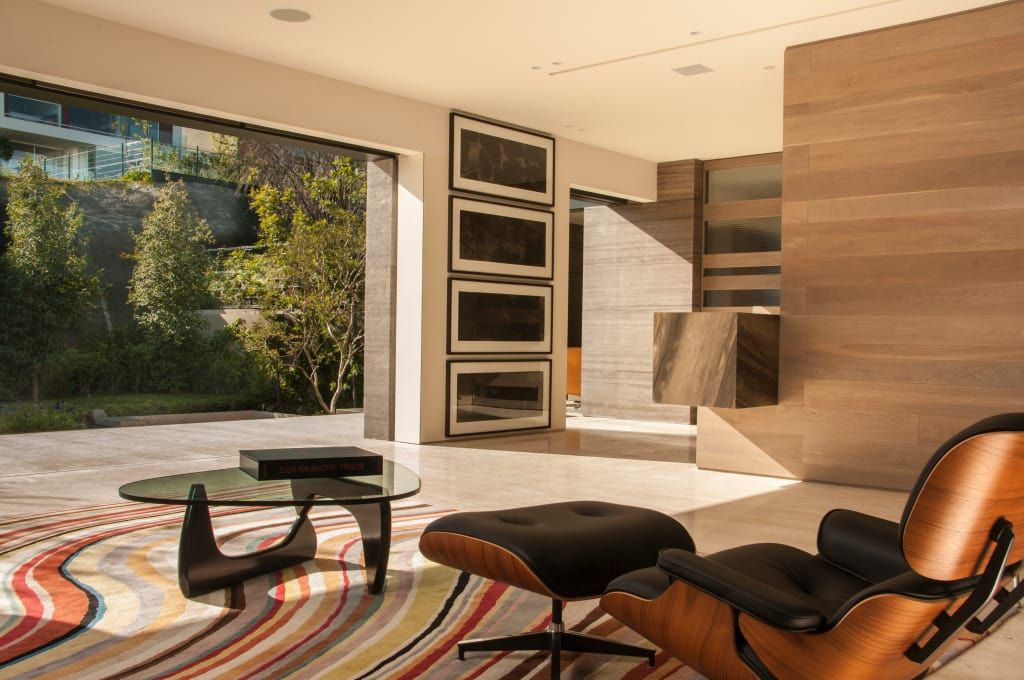Busca imágenes de diseños de Salas estilo moderno}: Casa ML. Encuentra las mejores fotos para inspirarte y y crear el hogar de tus sueños.