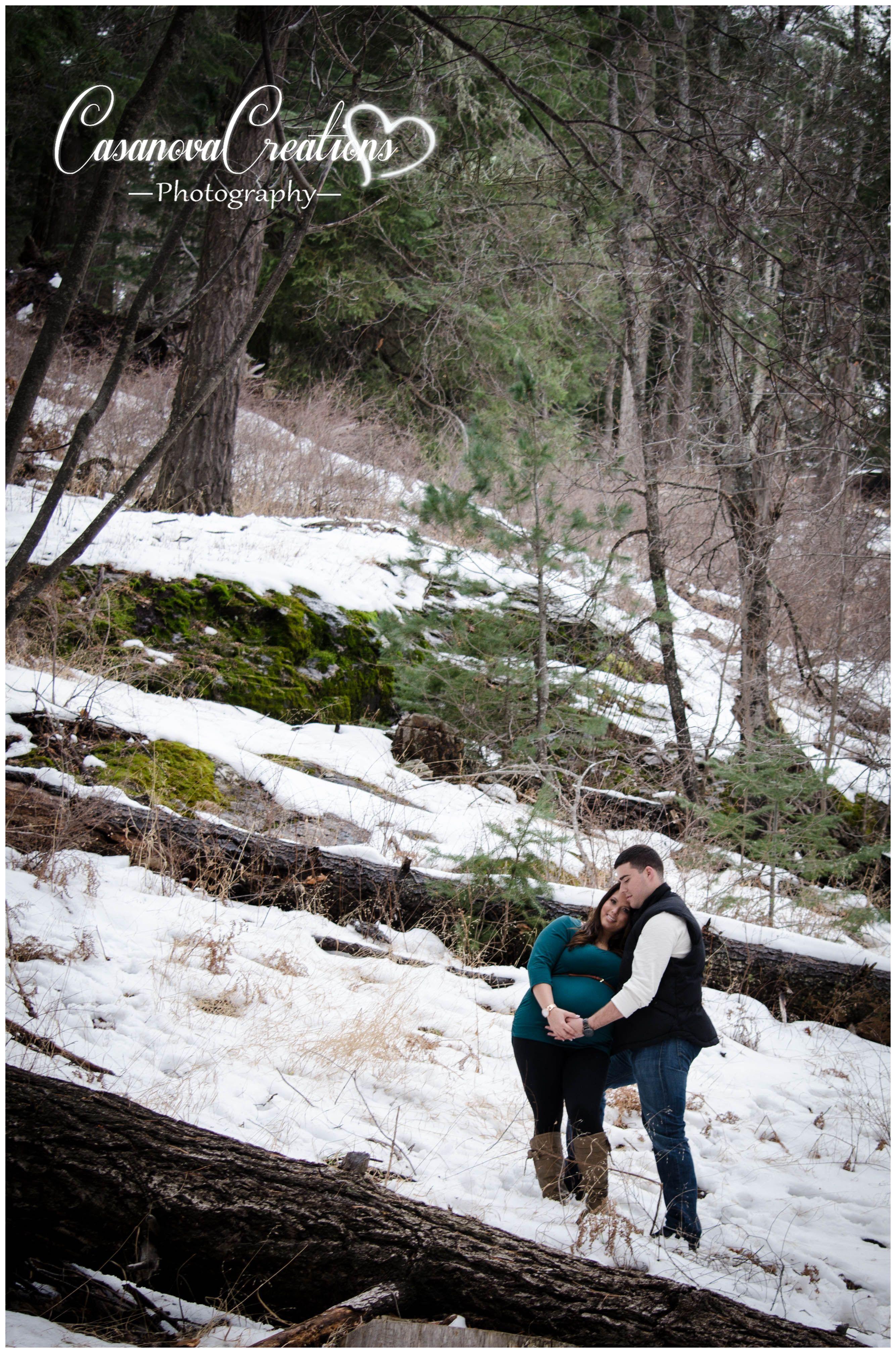 Maternity photography Snow Couples  Tucson Arizona Mount lemmon announcement