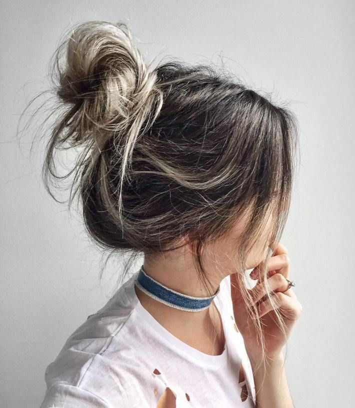 35 Easy and Pretty Top Knot Hairstyles #topknotbunhowto