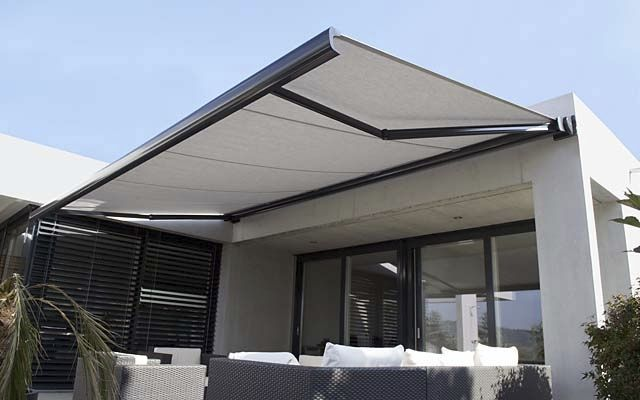 Retractable Awnings Extend The Living Space And Protect From Rain Outdoor Blinds Blinds Design Canopy Design