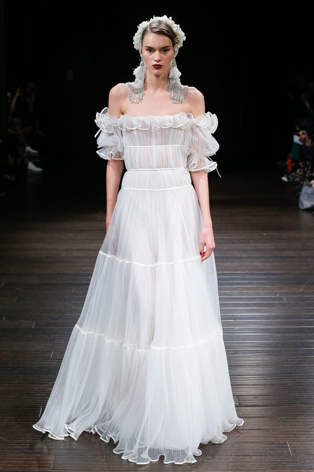 Naeem khan bridal fall fashion show naeem khan graduation