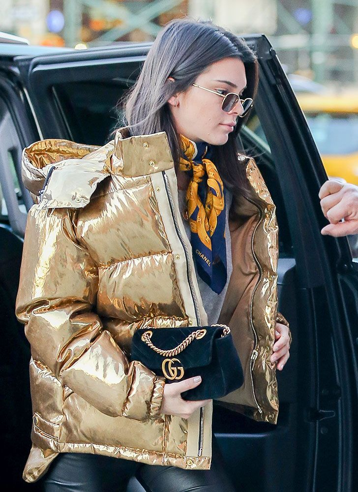 5a6d017ab92 Kendall Jenner Gucci Marmont Shoulder Bag  1