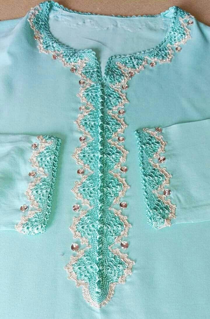 4e6867767 منقول Randa Marocaine, Tablier Cuisine, Bordure Crochet, Broderie Perlée,  Projets De Couture