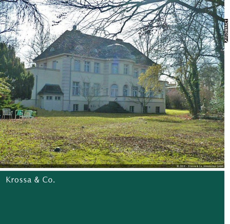 Reprasentative Landhausvilla Direkt Am Ufer Des Heiligen See