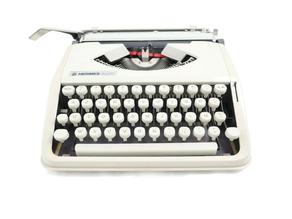 Machine à écrire Hermes Baby Ivoire Beige vintage révisée