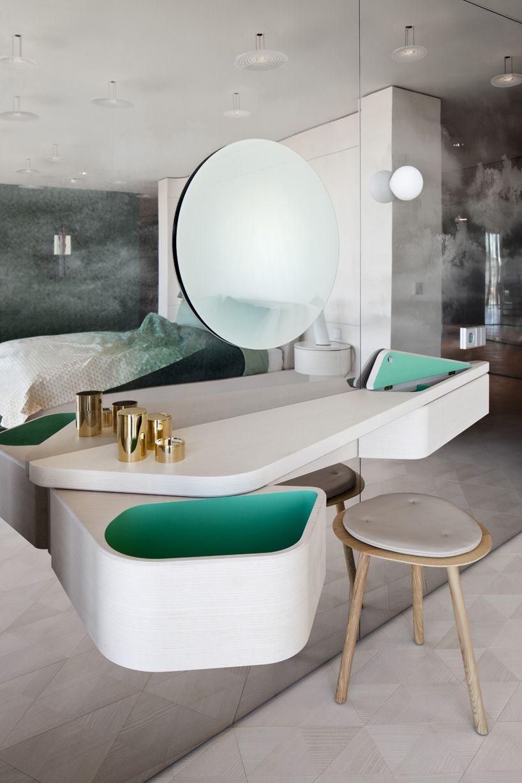 Mirror nightstands contemporary bedroom kimberley seldon design - Bathroom Interior