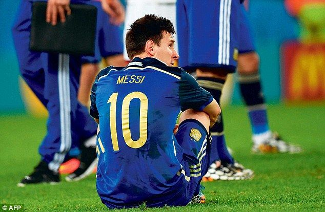 What Could Have Been Messi Uncharacteristically Missed Good Chances To Win The Cup For Hi Messi Lionel Messi World Cup 2014