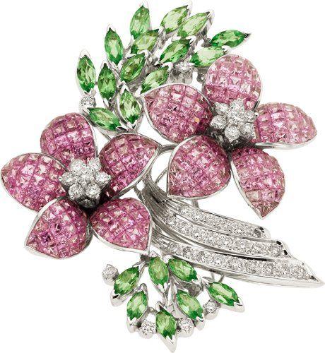 Klenoty majetku: Brože - Pins, Sapphire, Tsavorite granát, Diamond, White Gold Brož.  ...