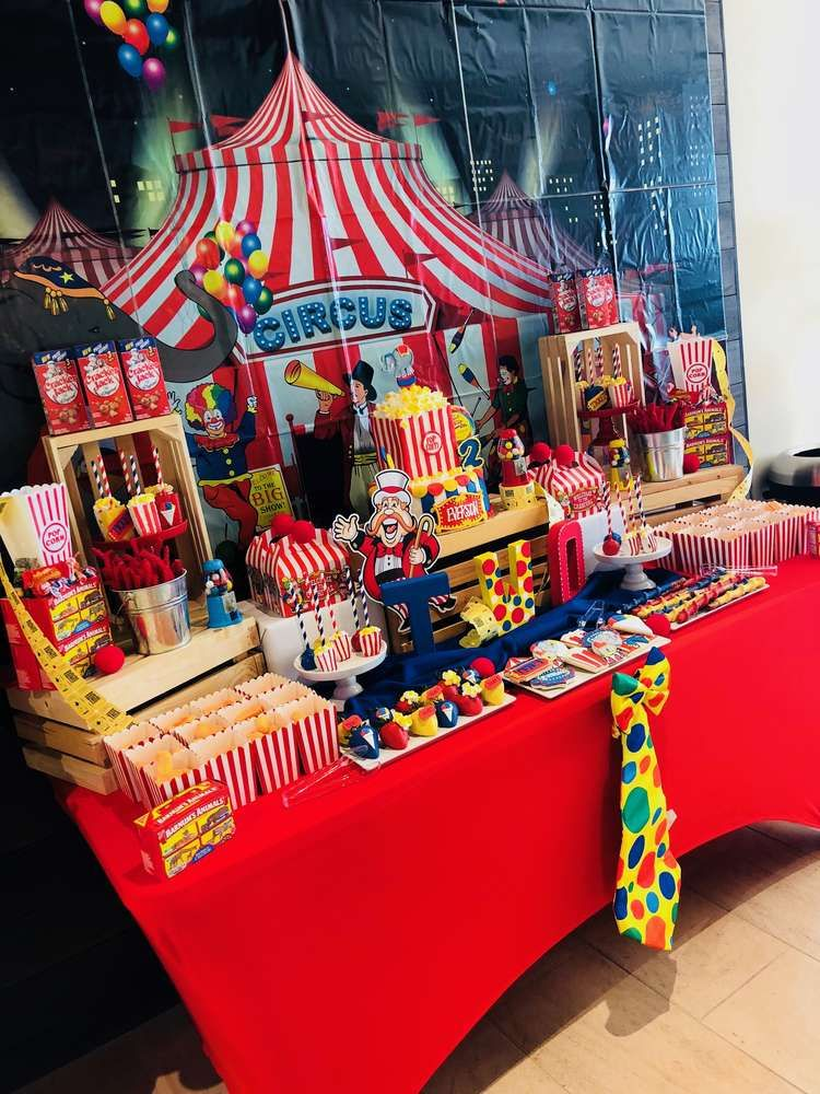 Carnival Inspired Birthday Party Ideas Photo 6 Of 25 Carnival Birthday Parties Carnival Birthday Party Theme Carnival Themed Party