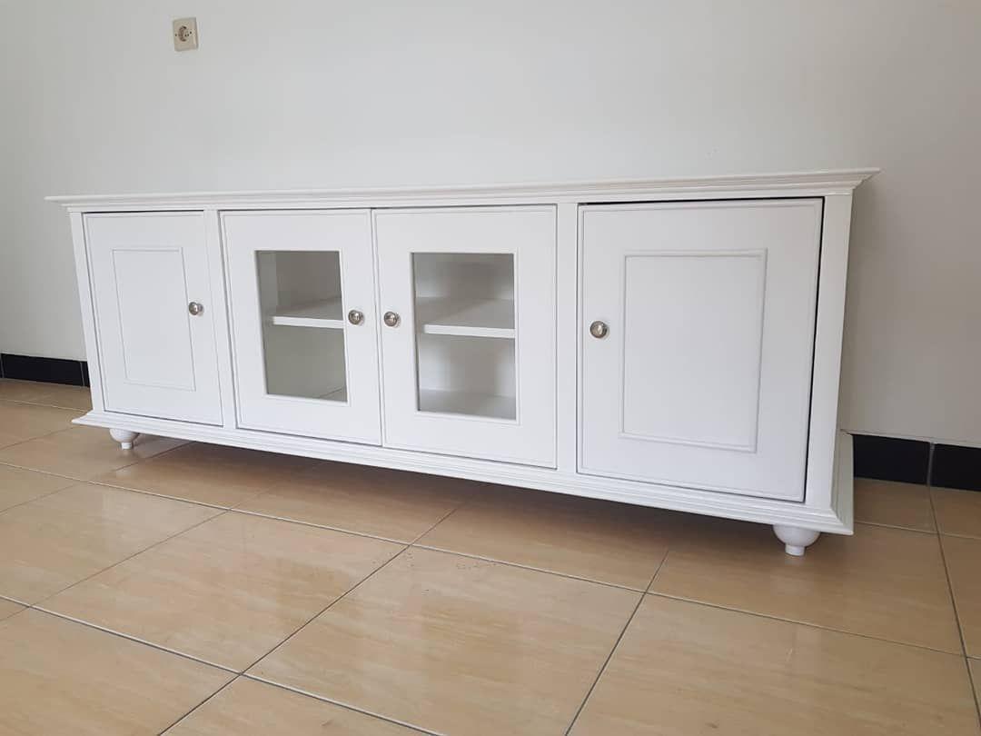 Meja Tv Minimalis Ukuran 160x45x60cm Finishing Duco Bahan Teak Block Mahoni Warna Putih Harga Rp 2 650 000 Free Ongkir Jab Furniture Home Decor Home