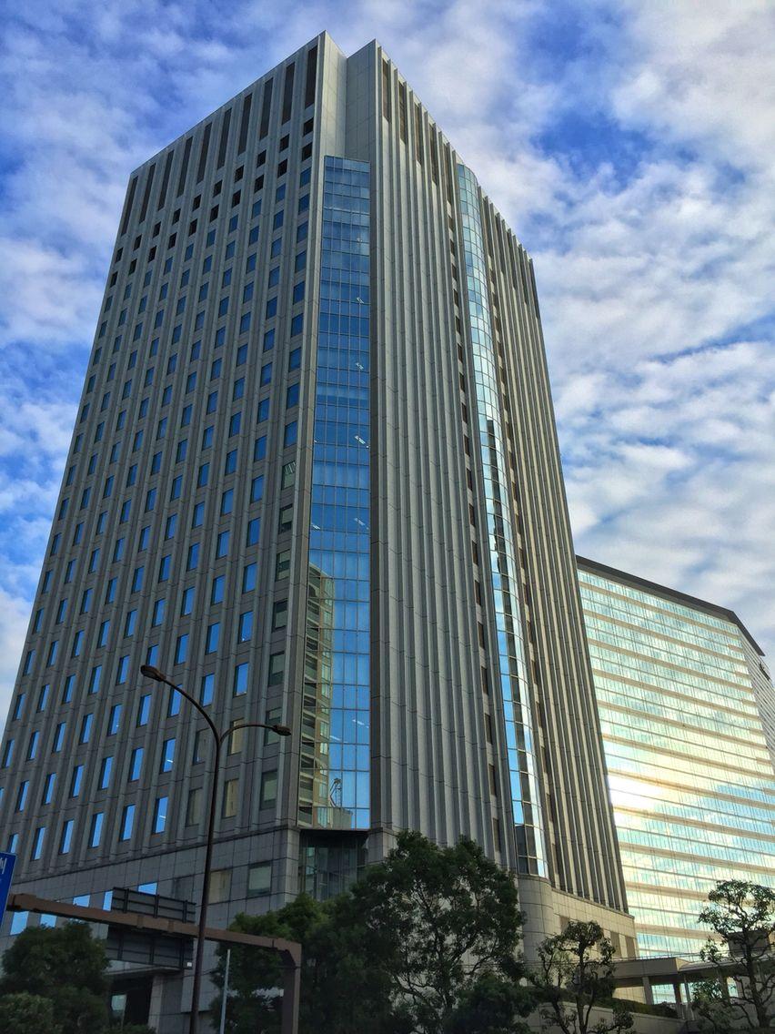 #white #clouds #glass #building #architecture #Tennozu #Tokyo #Japan 天王洲