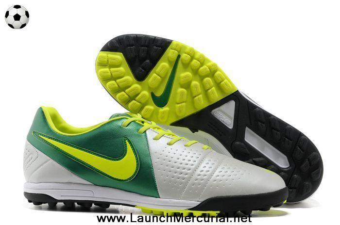 espíritu servidor Mira  Nike CTR360 Libretto III TF White Volt Green | Green football boots, Nike  soccer shoes, Nike boots