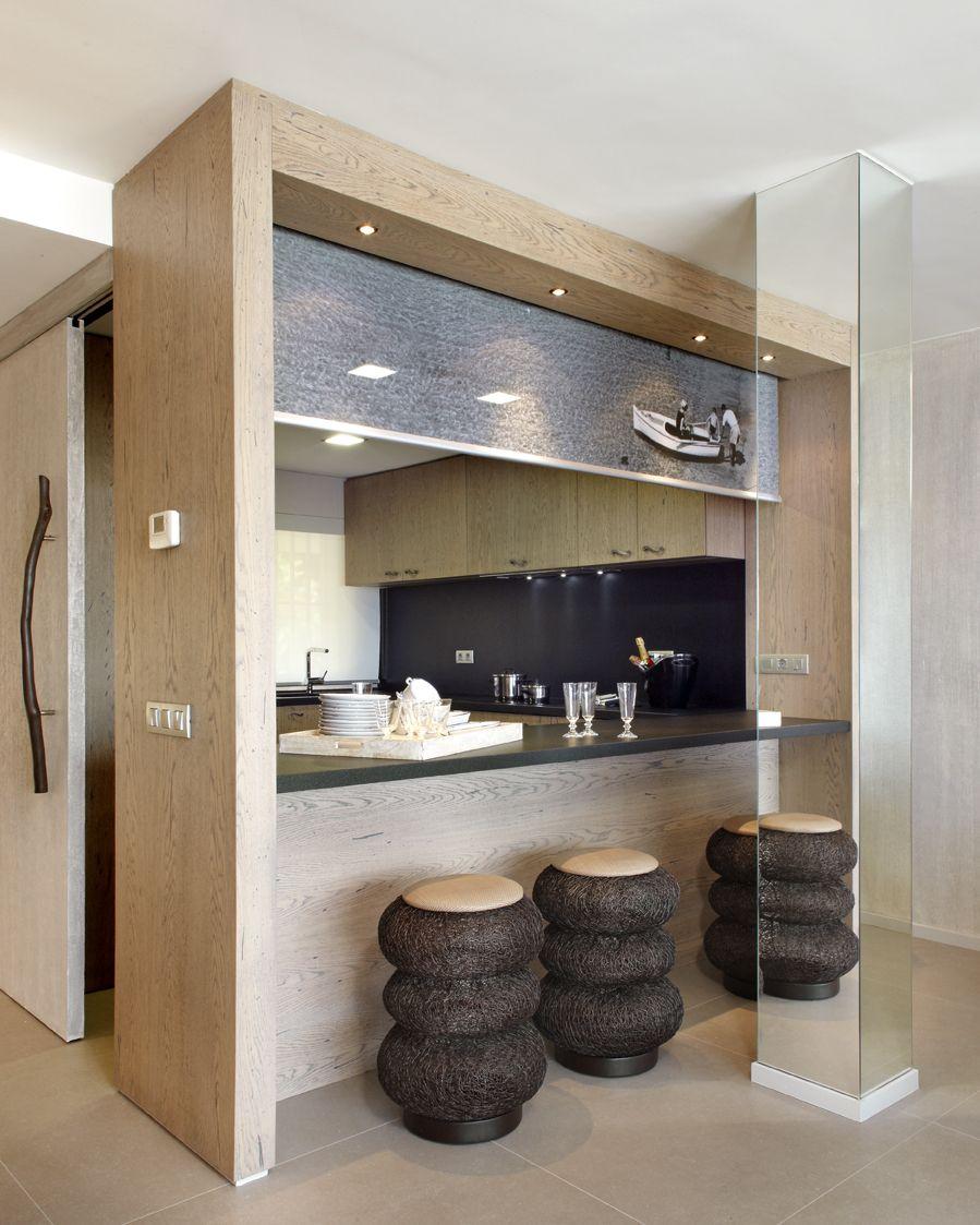 Molins interiors arquitectura interior cocina for Barras modernas