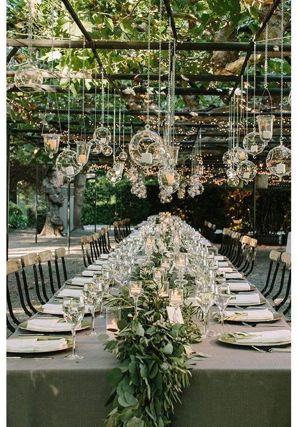 hanging wedding decorations weding decoration hanging flowers wedding wedding reception flowers garden - Pinterest Jardin