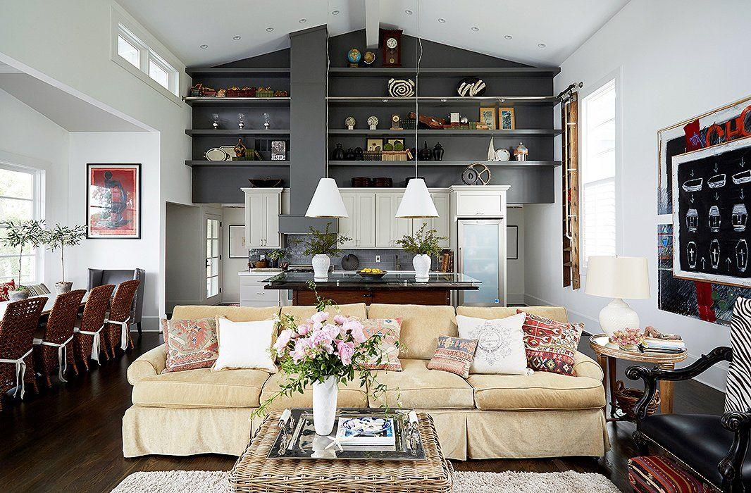 7 Design Savvy Ideas For Open Floor Plans Disposition De Meubles De Salon Salon Ouvert Beaux Salons