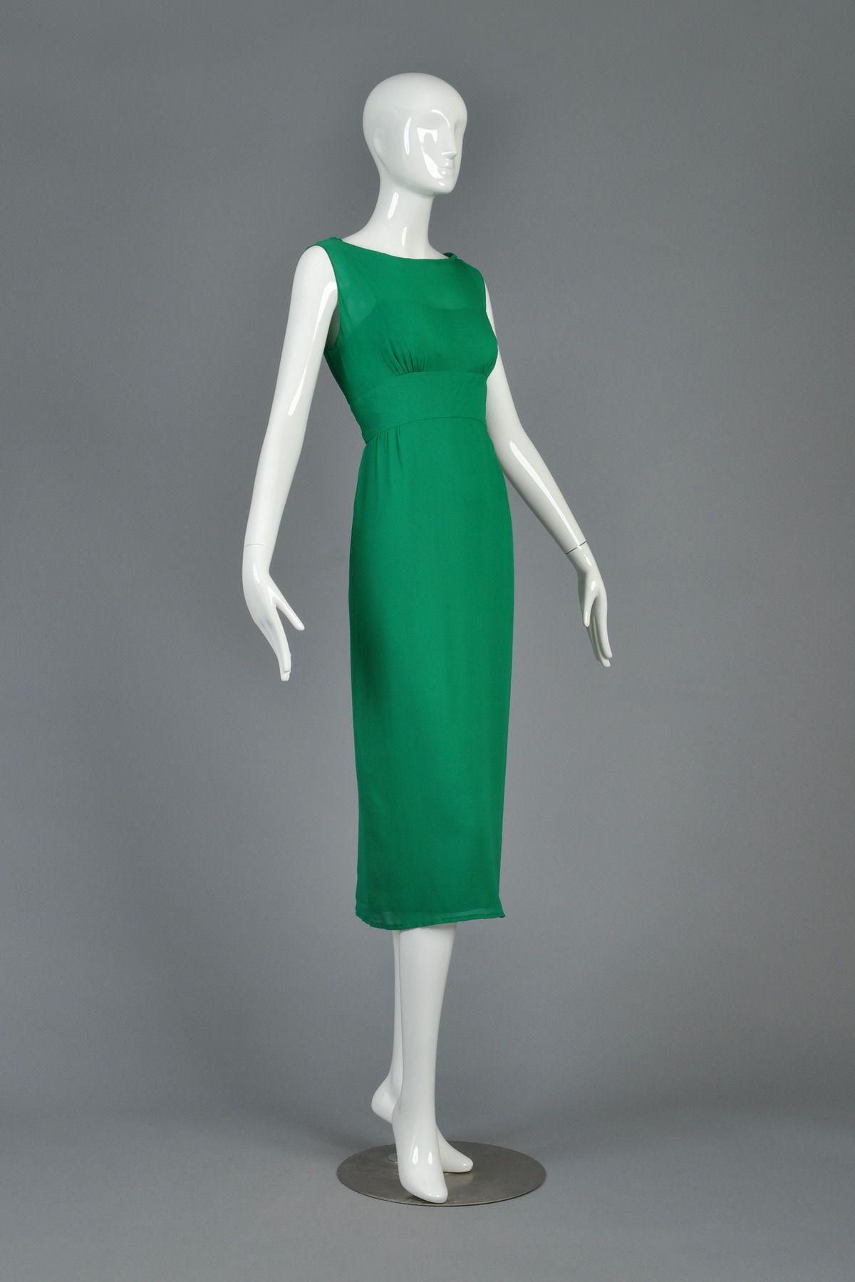Lucky Green Malcolm Starr 1960 S Silk Cocktail Dress 1stdibs Com Silk Cocktail Dress Designer Evening Dresses Evening Dresses Vintage [ 1799 x 1200 Pixel ]